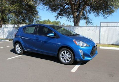 New 2016 Toyota Prius c Three With Navigation
