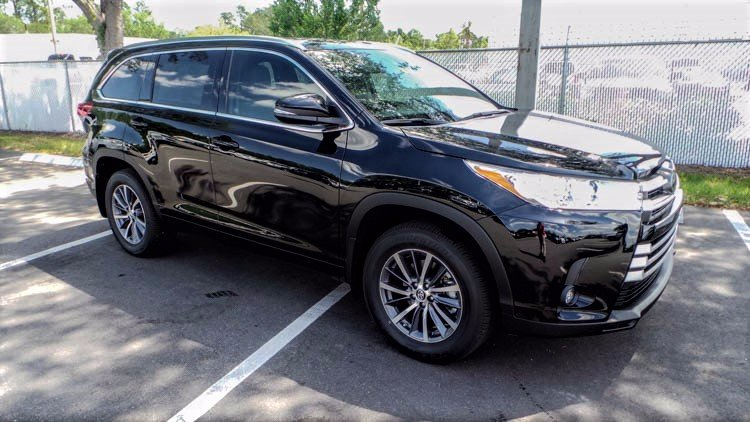 new 2017 toyota highlander xle sport utility in jacksonville 78505 arlington toyota. Black Bedroom Furniture Sets. Home Design Ideas