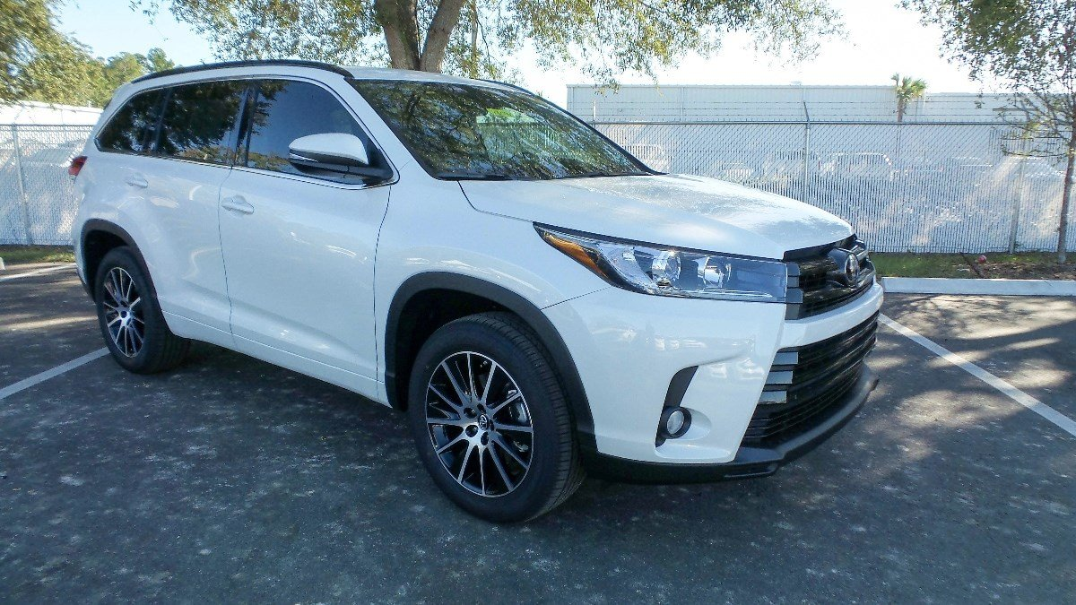 new 2017 toyota highlander se sport utility in jacksonville 78091 arlington toyota. Black Bedroom Furniture Sets. Home Design Ideas